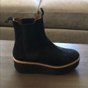 Flamingo black suede platform boots